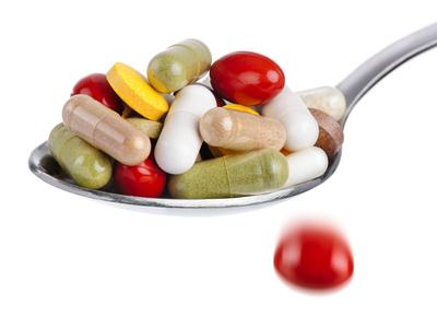 Immer häufiger haben Tabletten verschiedene Nebenwirkungen